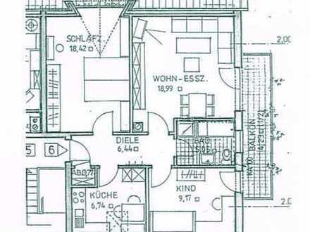 Gepflegte 3-Zimmer-DG-Wohnung mit Balkon und Einbauküche in Schwabach