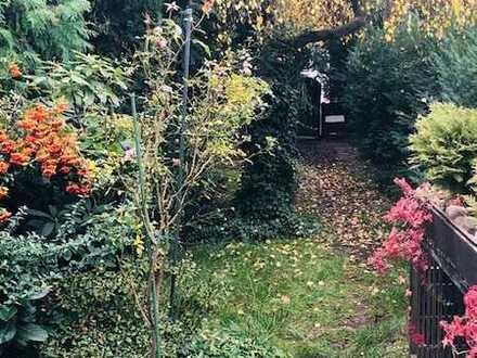 Reihenhaus mit viel Platz und lauschigem Garten im Herzen von Dreieichenhain