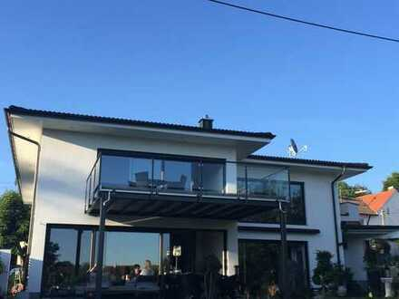 Stilvolle 3-Zimmer-Wohnung mit Balkon und Einbauküche in Gallenbach