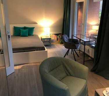 Erstbezug nach Kernsanierung: Business-Apartment 1 Zi möbliert EBK/Balkon Ahrensburg Toplage Allee