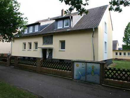 Großzügige 3-Zi-Whg. mit Balkon in 4-Parteien-Haus in Vahrenheide
