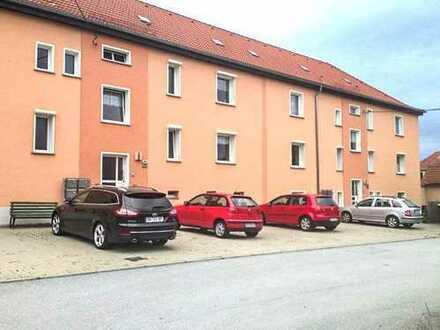 Sanierte 2-Zimmer-Wohnung mit Einbauküche in Löbau