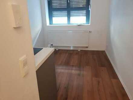 Schönes neuwertige 1-Zimmer Apartment zentral