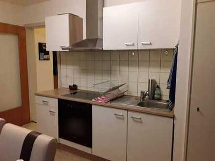 Sanierte 2-Zimmer-Wohnung mit Balkon und EBK in Bergedorf, Hamburg