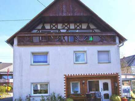 Wohnung über 3 Etagen- Kompaktes Einfamilienhaus mit vielen Möglichkeiten!