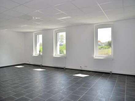 Ideal auch für Pflegedienst! Renoviertes Büro nähe Ostring / Autobahn A2