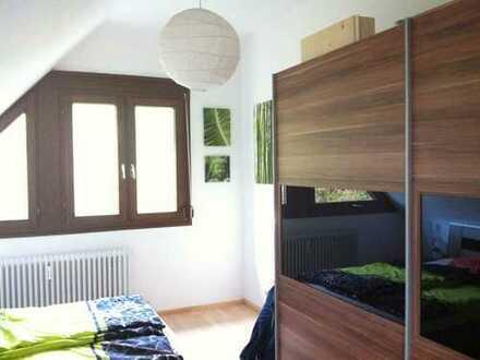 Kapitalanlage, gepflegte 2,5-Zimmer-Maisonette-Wohnung mit Balkon und Einbauküche in Rottweil