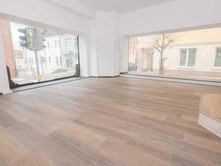 Helle Gewerberäume im Zentrum von Neustadt zu vermieten!