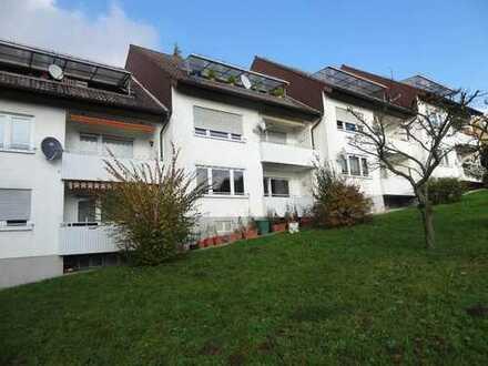 Sonnige 3-Zimmer-Wohnung mit Balkon in gepflegtem Reihenhaus