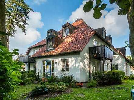 Naturnahe Wohnung mit kleinem Garten