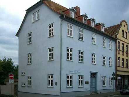 Leben wie Konrad Duden! Wunderschöne helle 3,5ZKB-Wohnung in zentraler Lage von Bad Hersfeld