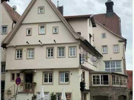 Kapitalanleger aufgepasst: Provisionsfreies Kulturdenkmal in Besigheim: 428qm zu 6% Rendite