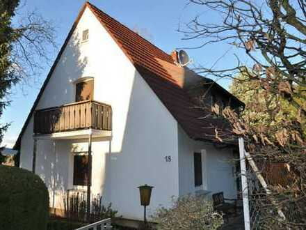 Kleines freistehendes Einfamilienhaus in Top Lage Panoramaweg