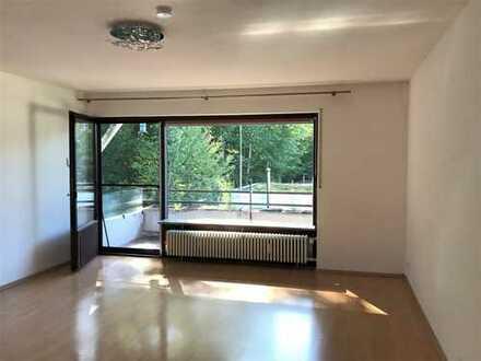Idyllisch gelegene, gut geschnittene 4-Zimmer-Wohnung in Zorneding/Pöring