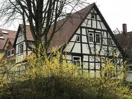 Saniertes 5-Zimmer-Fachwerkhaus mit EBK in Bensheim-Zell