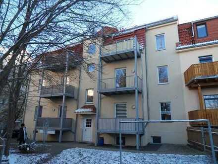 Schöne Zwei-Raum Wohnung mit Balkon in Frankenberg Stadtrandlage zu vermieten