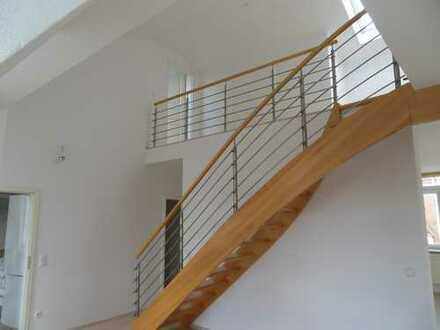 Alt-Giesing exclusive Dachgeschoß-Galerie-Maisonette-Whg. auf Denkmal-Altbau 3 Zi. + Gal. + Balkon