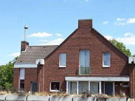 Helle 5 Zimmer Wohnung / Stadthaus im Zentrum von Frechen