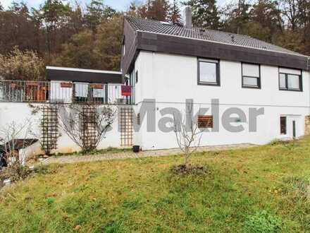 Viel Gestaltungspotenzial für Familien: Großes EFH mit ELW, Garten, Garage und 2 sonnigen Terrassen