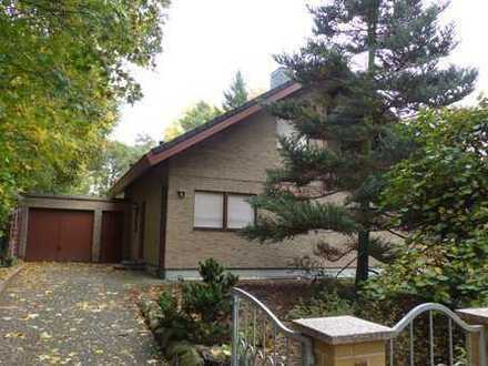 Familienfreundliches Wohnen mit Terrasse und Garten in waldreicher Gegend und zentral gelegen