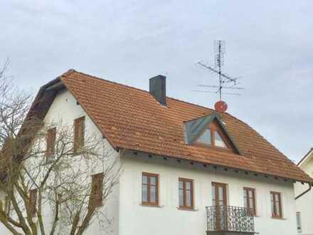 Große Dachgeschoßwohnung in Aichstetten