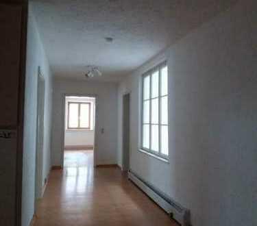 Sehr schöne 4-Zimmer-Wohnung im Zentrum von Vilsbiburg