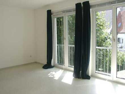 POCHERT HAUSVERWALTUNG - Hübsches 1-Zimmer-Apartment in KL - Nähe Pfaffplatz und Klinikum