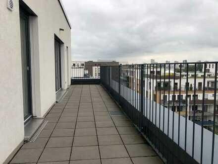 Charmante 3-ZKB Wohnung mit grandioser Dachterrasse im Neubaugebiet -Frankfurt Gallus-