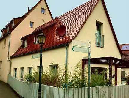 """""""Ein Haus"""" in einer Wohnanlage  - EINZIGARTIG -"""