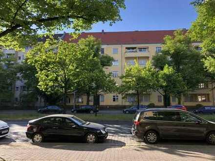 freie Wohnung zwischen Roseneck und Kudamm plus eigene Garage