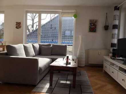 Sehr schöne helle 3-Zimmer-Dachgeschoss-Wohnung in Karlshorst (Lichtenberg), Berlin ab sofort