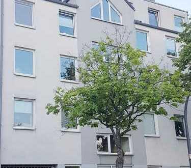 Provisionsfrei!!!! Etagenwohnung in solidem Mehrfamilienhaus,vermietet