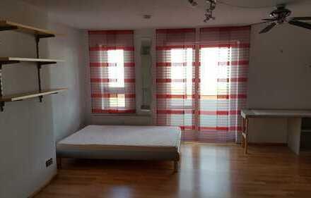 Helle 1-Zimmer-Wohnung im Zentrum von Bayreuth mit Stellplatz