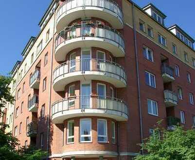 Neubau mit Aufzug - Große Wohnung mit zwei Balkons