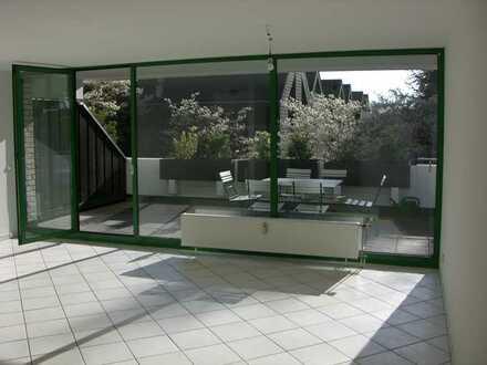3-Zimmer-Terrassenwohnung mit großer sonniger Süd-Terrasse in Köln - Weidenpesch/Longerich