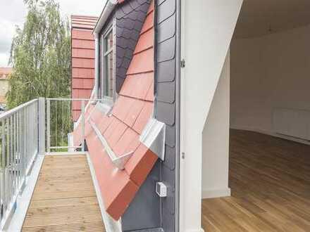 **Erstbezug nach Kernsanierung** gemütliche, helle 2-Zimmer Wohnung mit Balkon in ruhiger Lage