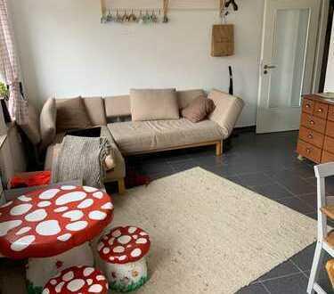 Geräumige 4 Zimmer Wohnung mit Balkon in der östlichen Innenstadt.....