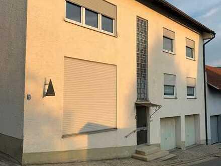 2 in 1 - Zwei verbundene Wohn- und Geschäftshäuser zu verkaufen!