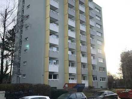 Großzügige 1-Zimmer Wohnung mit Balkon - Erstbezug nach Sanierung