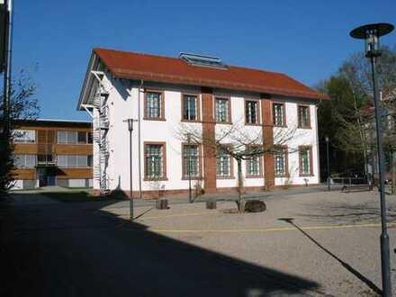 """Büro mit Glasfaseranschluss in der FABRIK SONNTAG """"Campus für innovative Unternehmenskultur"""""""