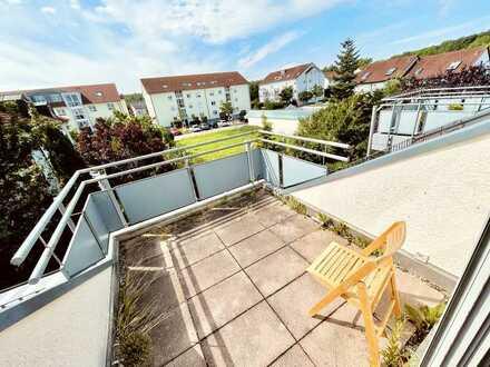 Suchen Sie das Besondere? Sehr helle 3 ZW mit sonniger Dachterrasse und Ausbaureserve in Spitzboden.