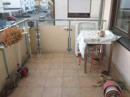 !! TRAITTEUR - zweckmäßige Wohnung, bei Bedarf auch möbliert !!