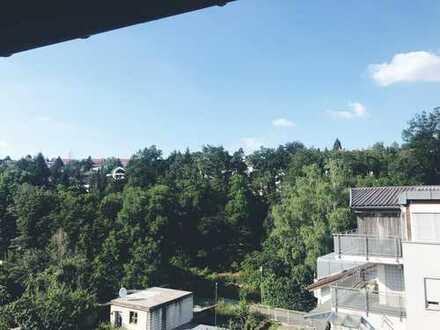 Schöne ruhige zwei Zimmer Wohnung in Pforzheim, Dillweißenstein