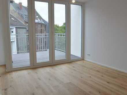 !! NEUBAU im PANTALEONSVIERTEL Köln - Moderne 3-Zimmer-Stadtwohnung mit SONNEN-BALKON !!