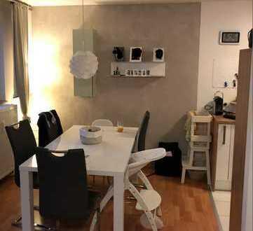Schöne, schnittige 3,5-Zimmer Wohnung in Fellbach City!