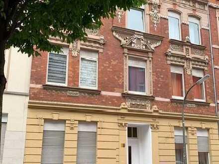 Do.-Hafen-City: Jugendstilhaus-ETW zur KPA