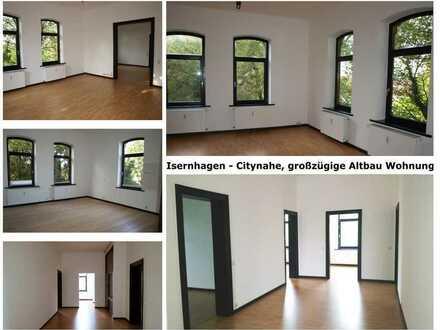 Isernhagen - Citynahe, großzügige Altbauwohnung im Grünen