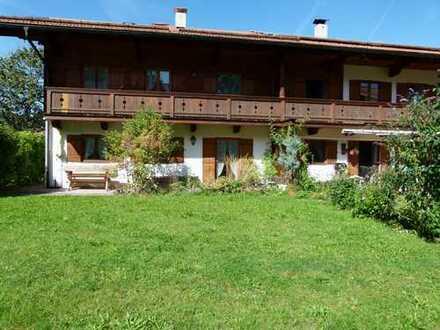 Schönes, geräumiges Haus mit sechs Zimmern in Gmund am Tegernsee, Ortsteil Moosrain, Kreis Miesbach