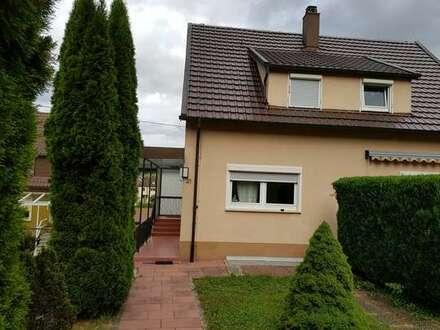 Freistehendes Einfamilienhaus auf 3 Ar Grundstück