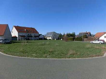 Attraktives Reiheneckhaus, schlüsselfertig, reichlich Ausbaureserve in schöner Lage von Gräfenberg